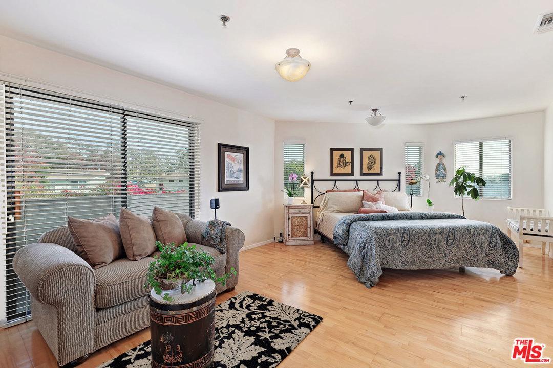 4030 SAWTELLE BLVD, Culver City, CA 90066