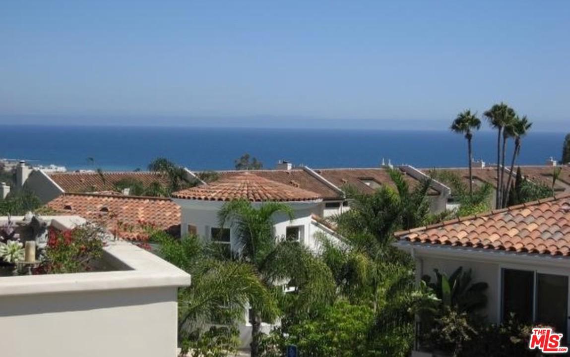 23951 DE VILLE, Malibu, CA 90265