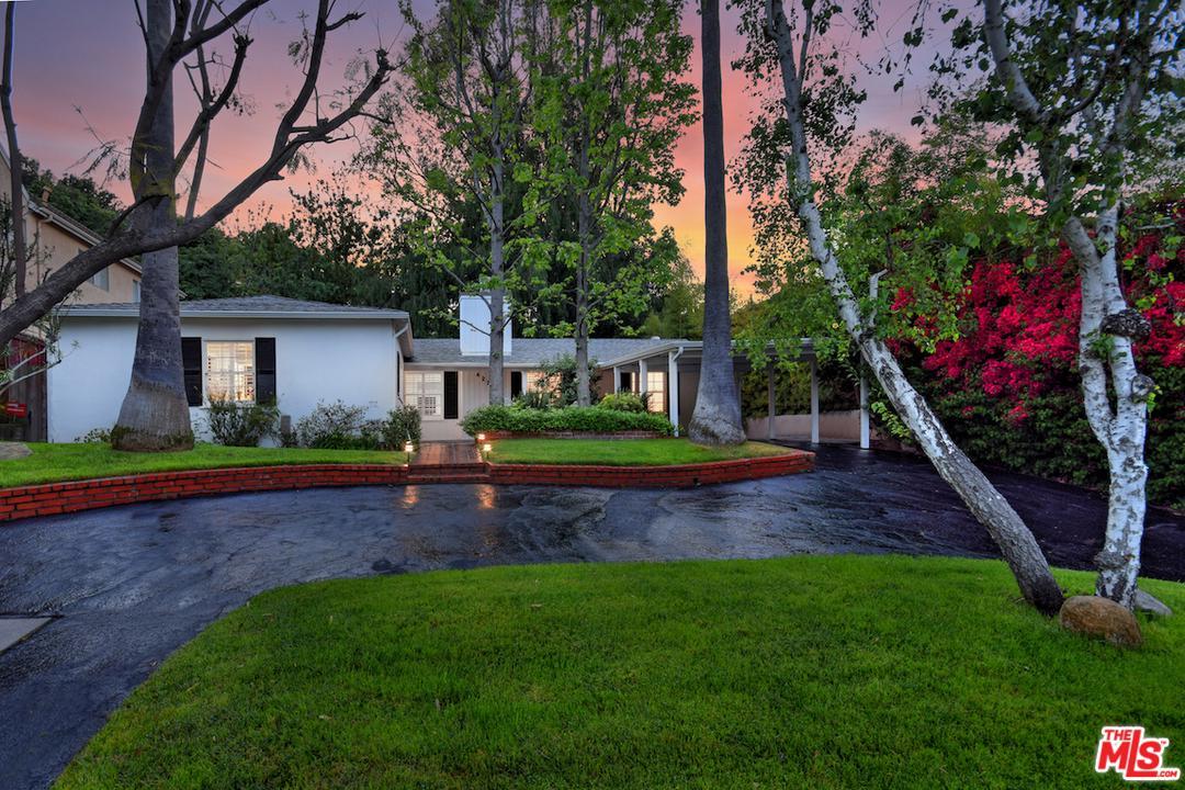 4227 WOODCLIFF, Sherman Oaks, CA 91403