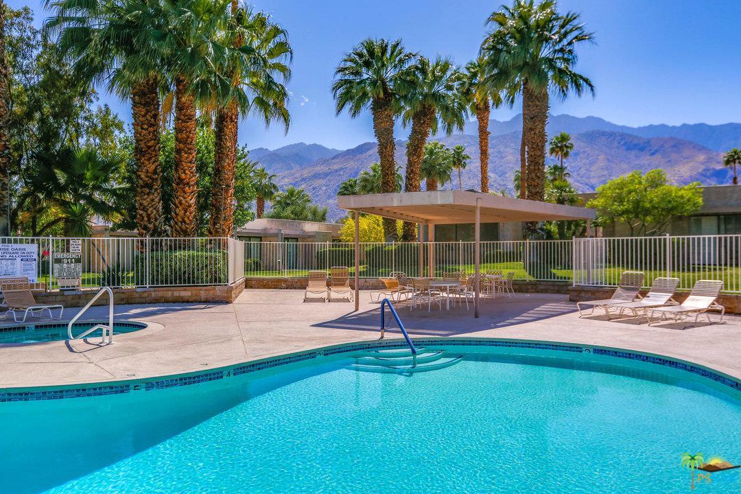 830 CALLE DE FLORA, Palm Springs, CA 92262