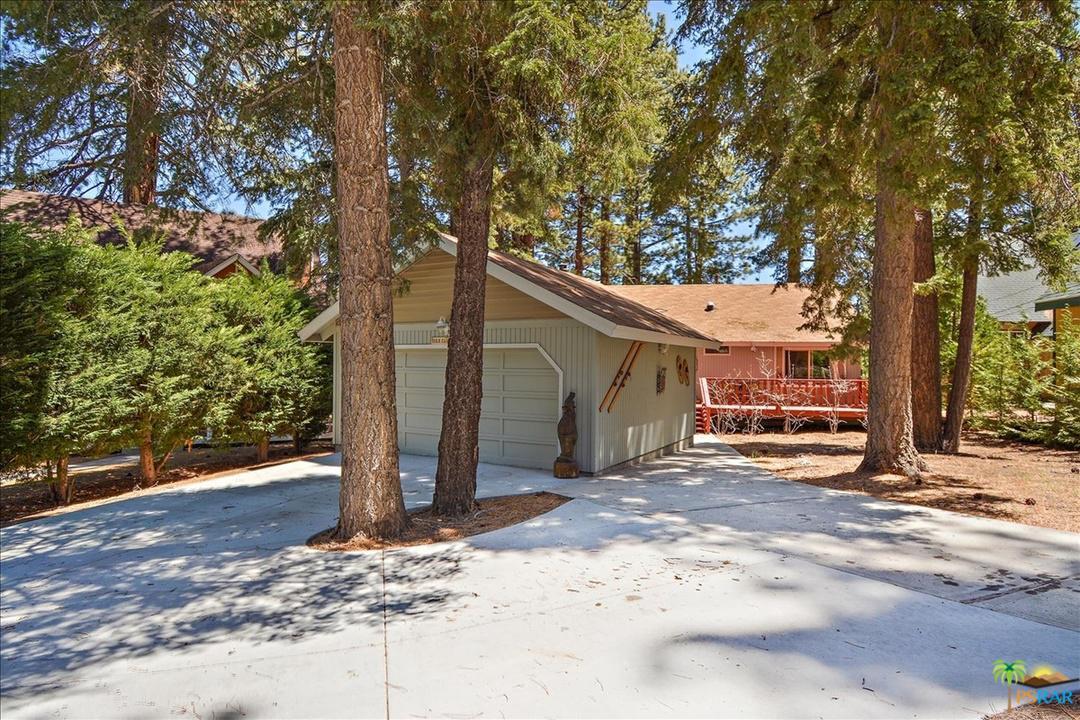 1053 CLUB VIEW, Big Bear, CA 92315