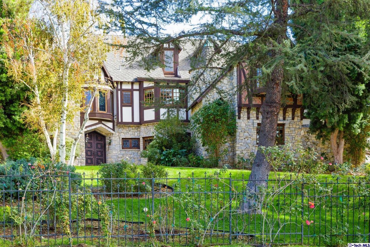10690 WINNETKA, Chatsworth, CA 91311