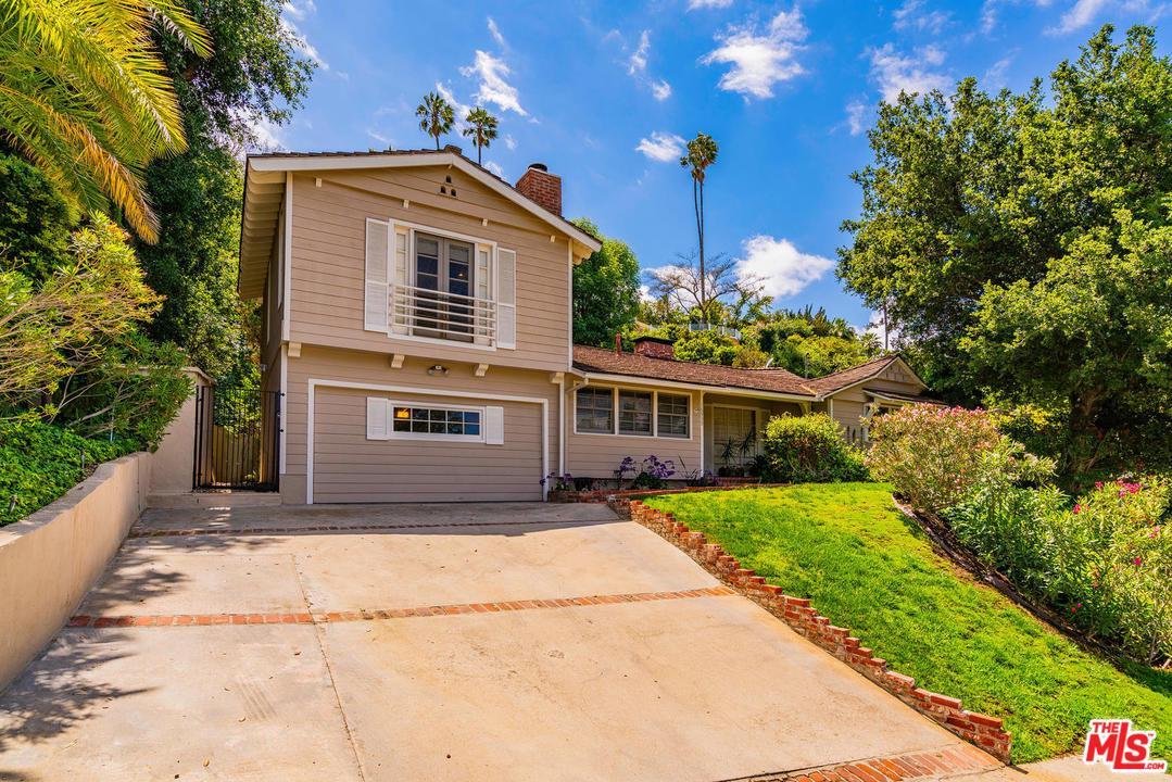 16935 STRAWBERRY, Encino, CA 91436