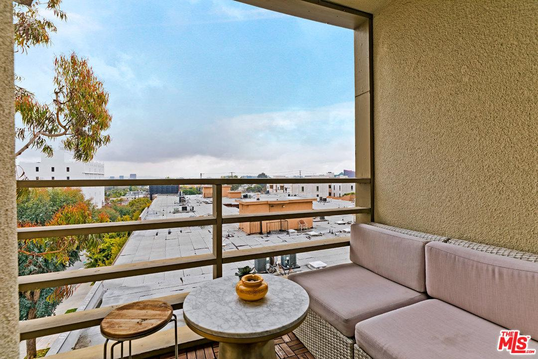 1215 OLIVE, West Hollywood, CA 90069
