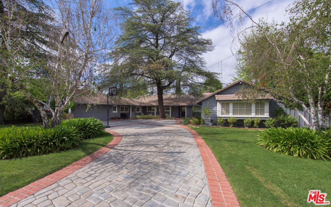 19335 COLLIER, Tarzana, CA 91356