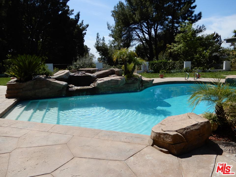 1705 LOMA VISTA, Beverly Hills, CA 90210