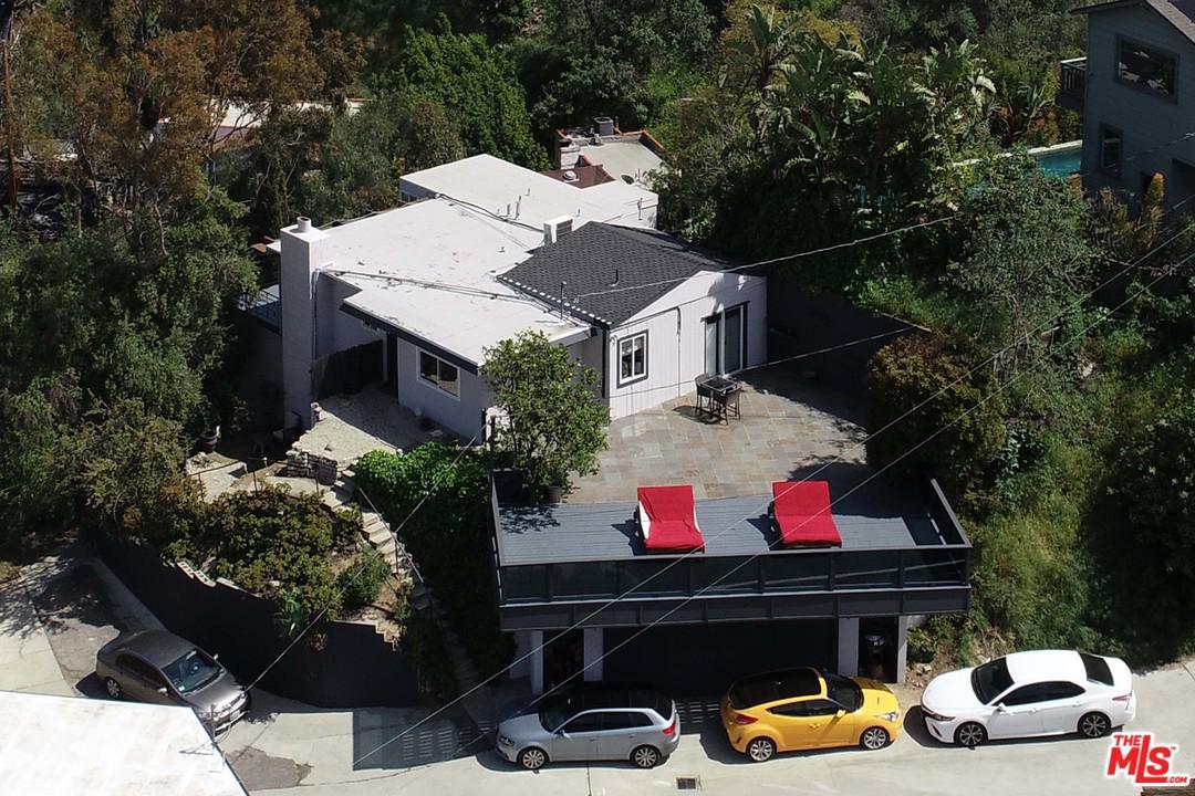 8252 MANNIX, Los Angeles (City), CA 90046