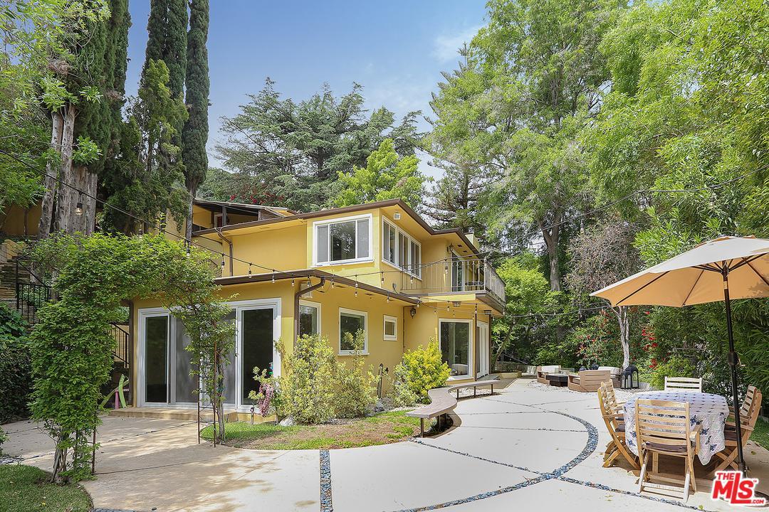 3683 DIXIE CANYON, Sherman Oaks, CA 91423