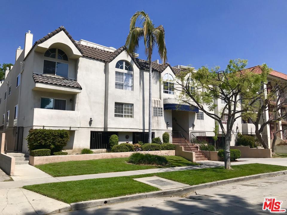11119 CAMARILLO, North Hollywood, CA 91602