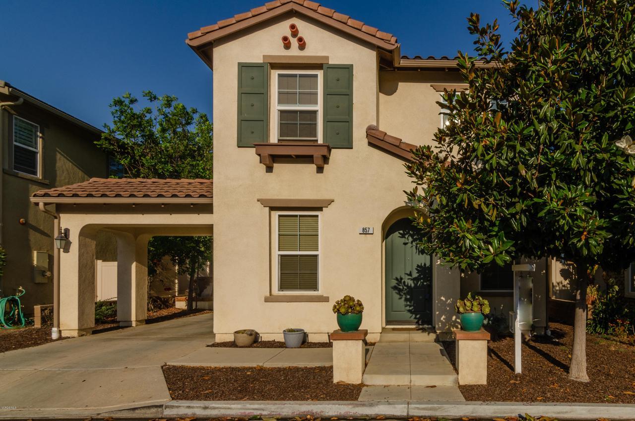 857 CORONADO, Santa Paula, CA 93060 - Front