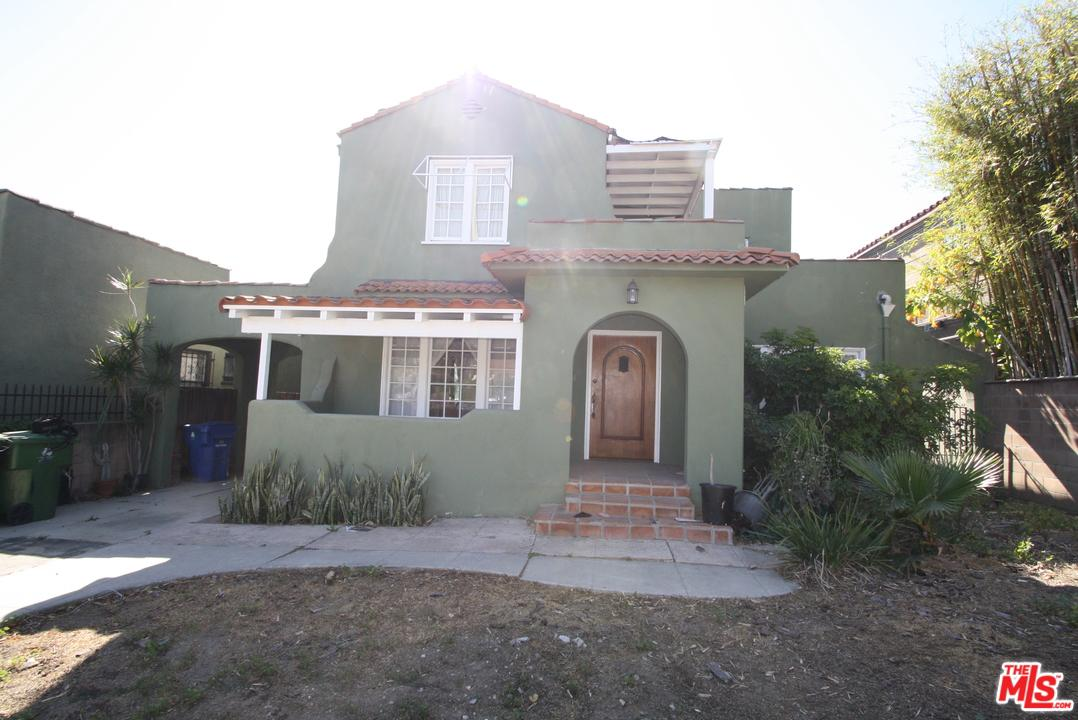 107 LARCHMONT, Los Angeles (City), CA 90004