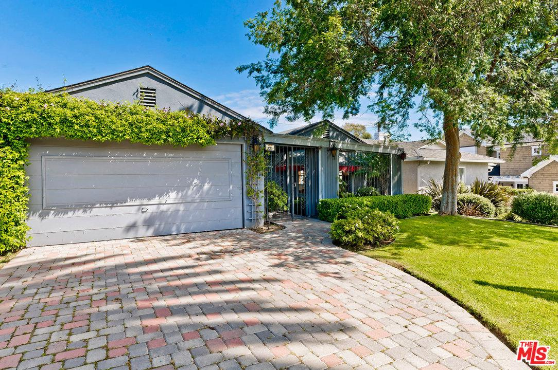 320 SWARTHMORE, Pacific Palisades, CA 90272