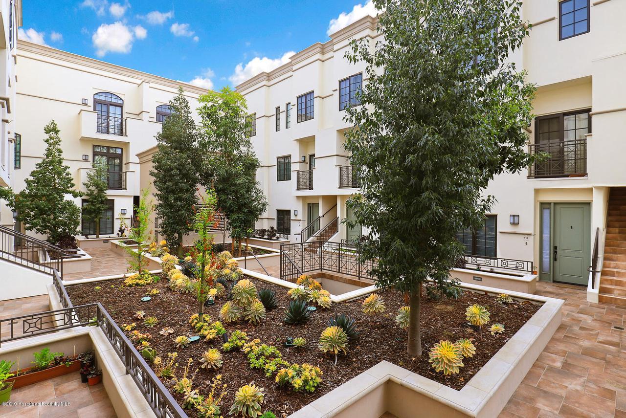 288 OAKLAND, Pasadena, CA 91101 - garden courtyard