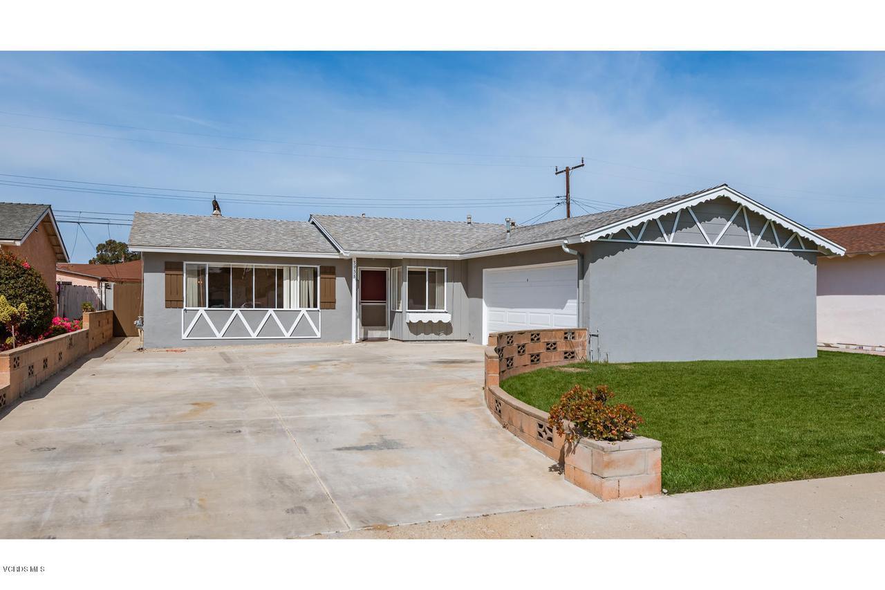 3955 B, Oxnard, CA 93033 - 3955 S B St-001-1-Street View-MLS_Size