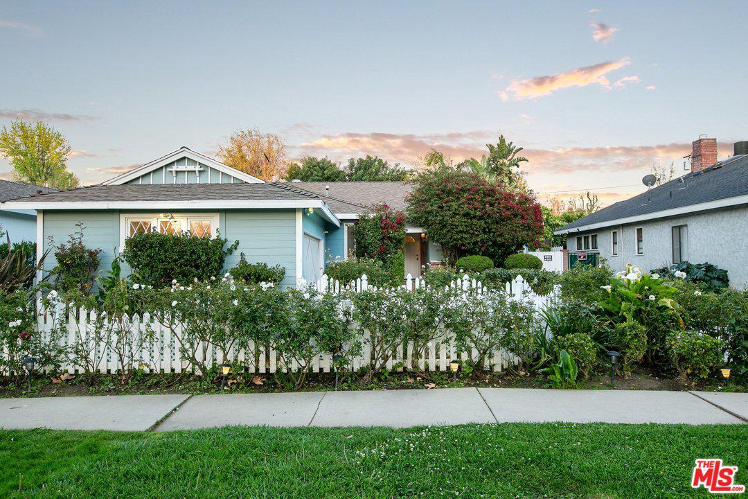4636 VARNA, Sherman Oaks, CA 91423