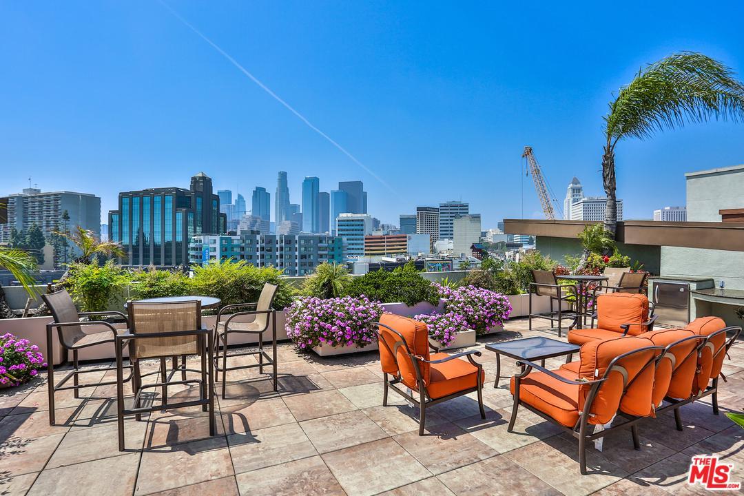 100 ALAMEDA, Los Angeles (City), CA 90012