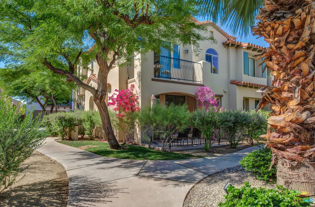 450 WHITE FOX, Palm Springs, CA 92262