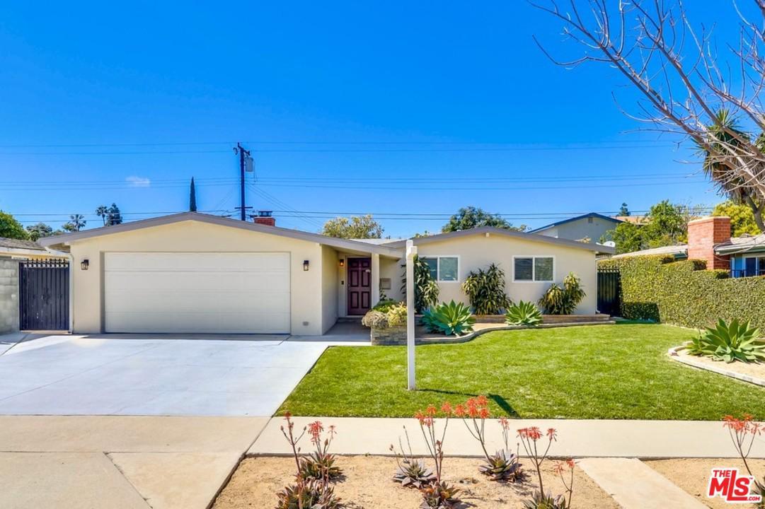 2229 ANAHEIM, Costa Mesa, CA 92627