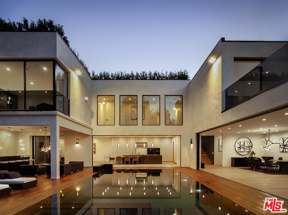 1816 LAUREL CANYON, Los Angeles (City), CA 90046
