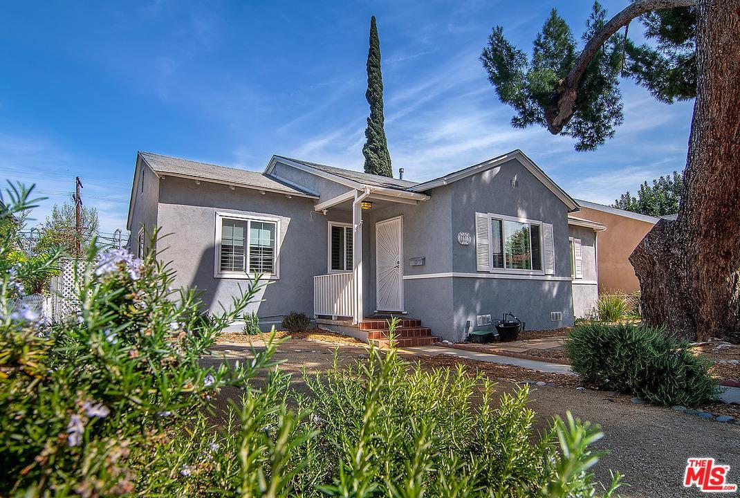 Photo of 17313 BURBANK, Encino, CA 91316