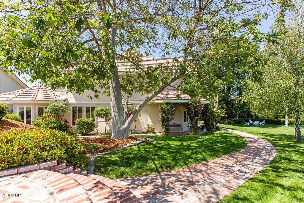 Thousand Oaks                                                                      , CA - $1,885,000