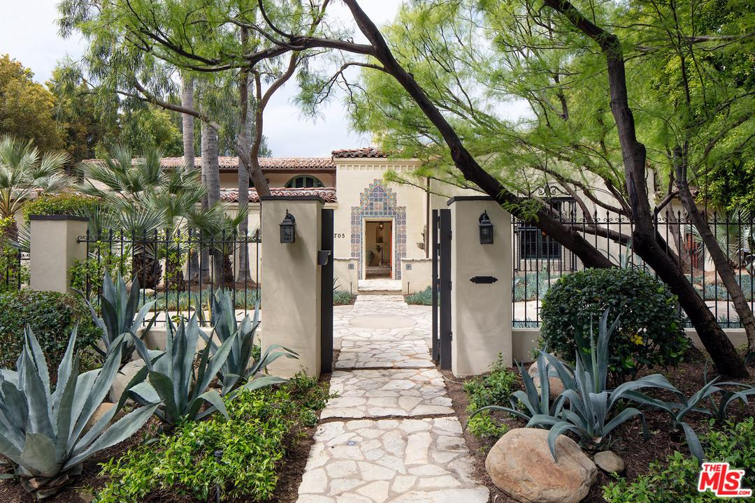 Photo of 705 N ARDEN DR, Beverly Hills, CA 90210