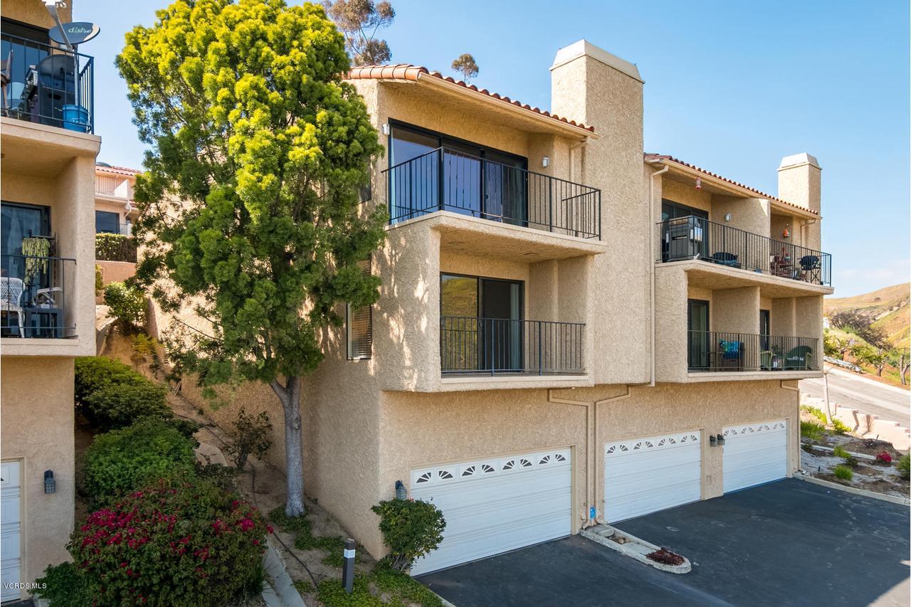 Photo of 932 VALLECITO DRIVE, Ventura, CA 93001