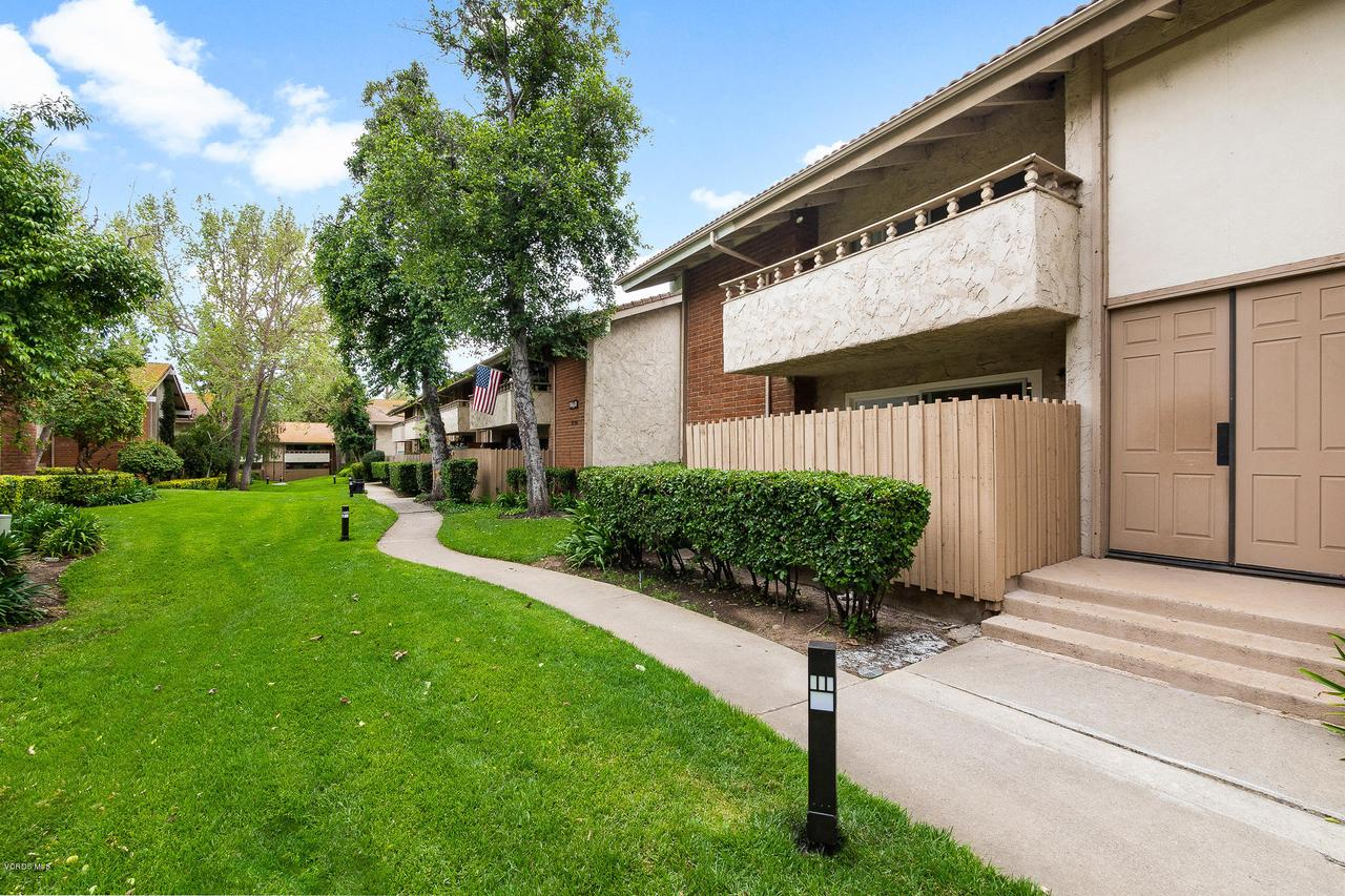Photo of 31552 AGOURA ROAD #1, Westlake Village, CA 91361