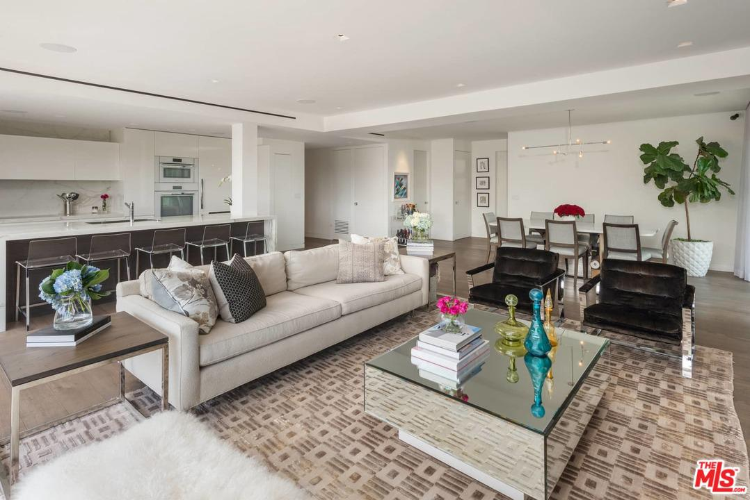 Photo of 838 N DOHENY DR, West Hollywood, CA 90069