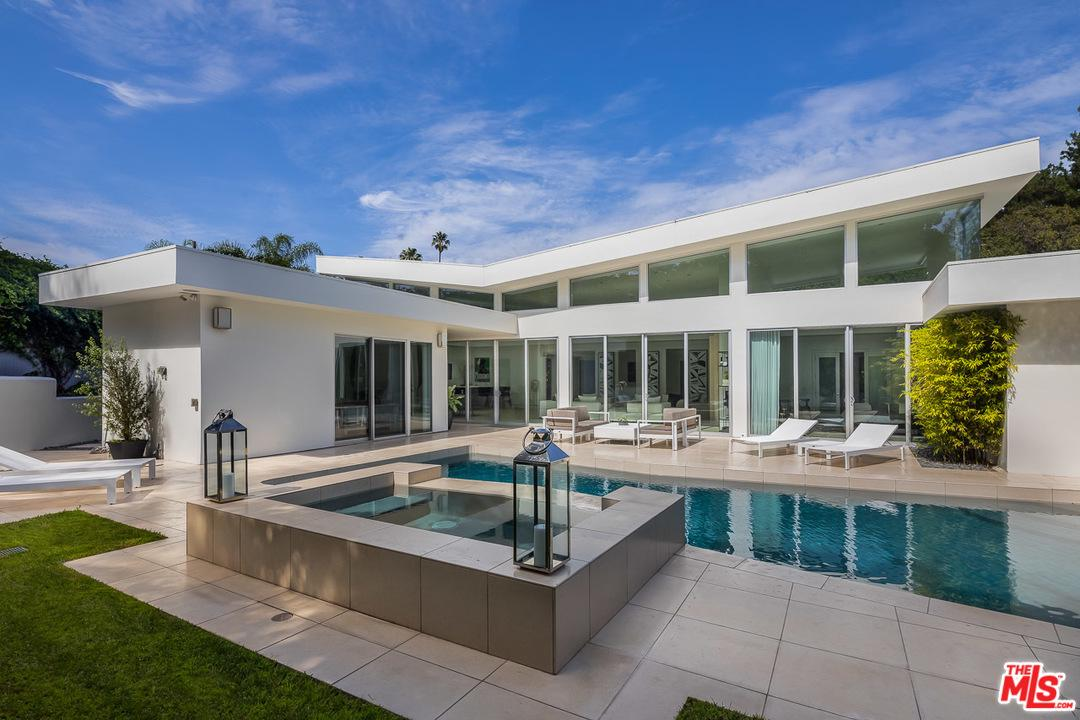 Photo of 1003 N BEVERLY DR, Beverly Hills, CA 90210