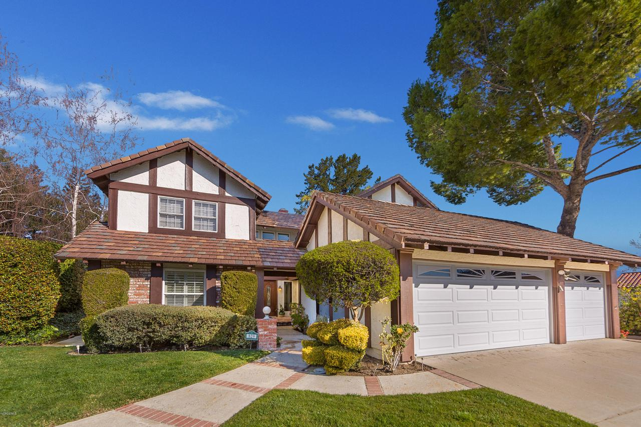 Photo of 829 RIM CREST CIRCLE, Westlake Village, CA 91361