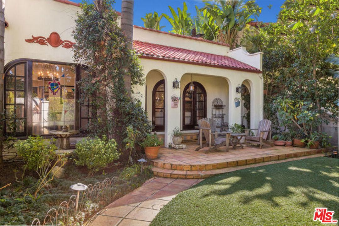 Photo of 918 N LA JOLLA AVE, West Hollywood, CA 90046