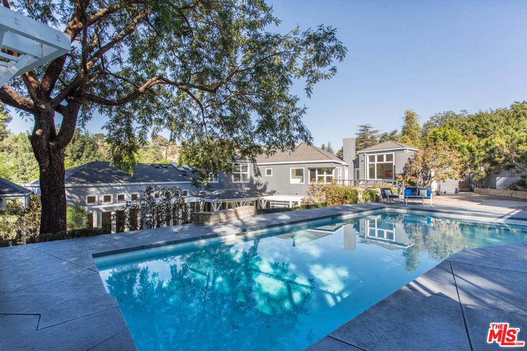Photo of 3900 KINGSWOOD RD, Sherman Oaks, CA 91403