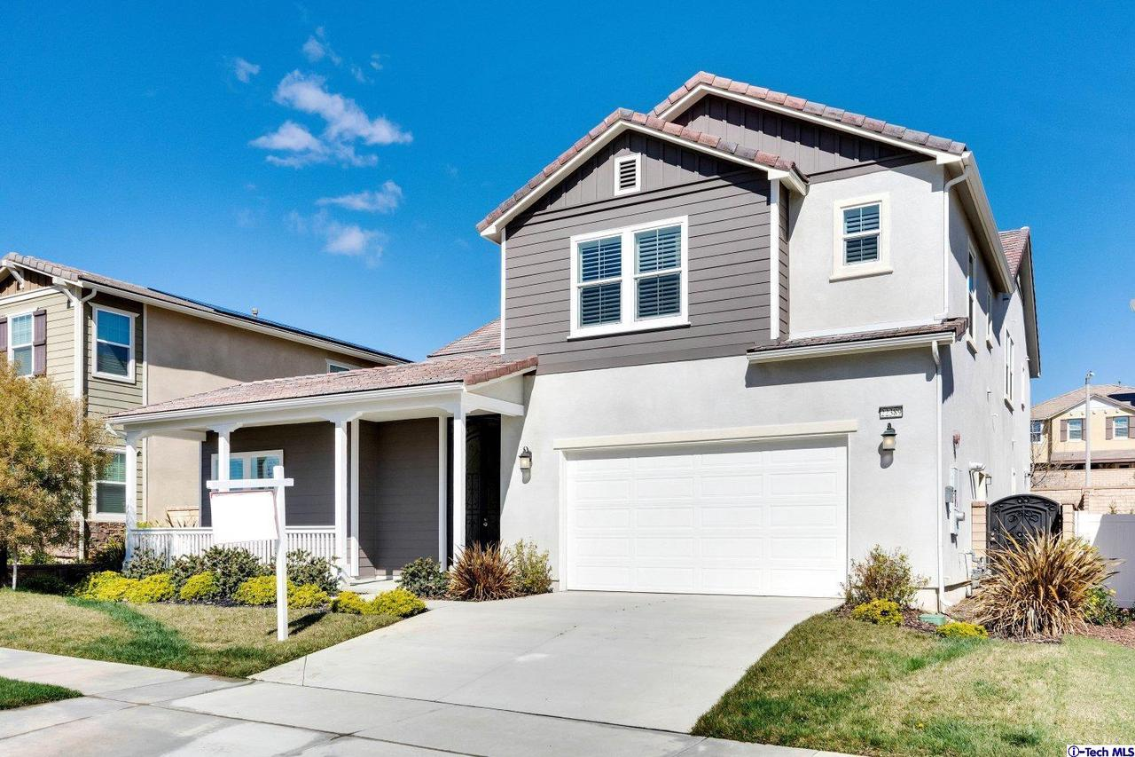 Photo of 22389 COPPER MOUNTAIN COURT, Saugus, CA 91350