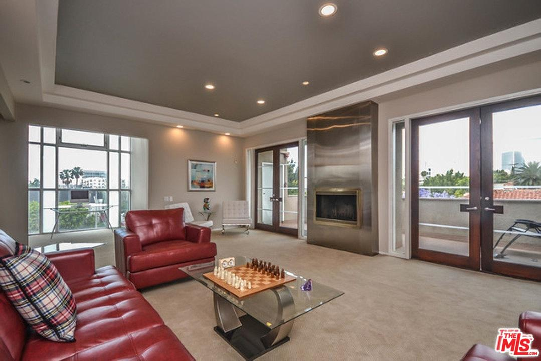 Photo of 370 S ELM DR, Beverly Hills, CA 90212