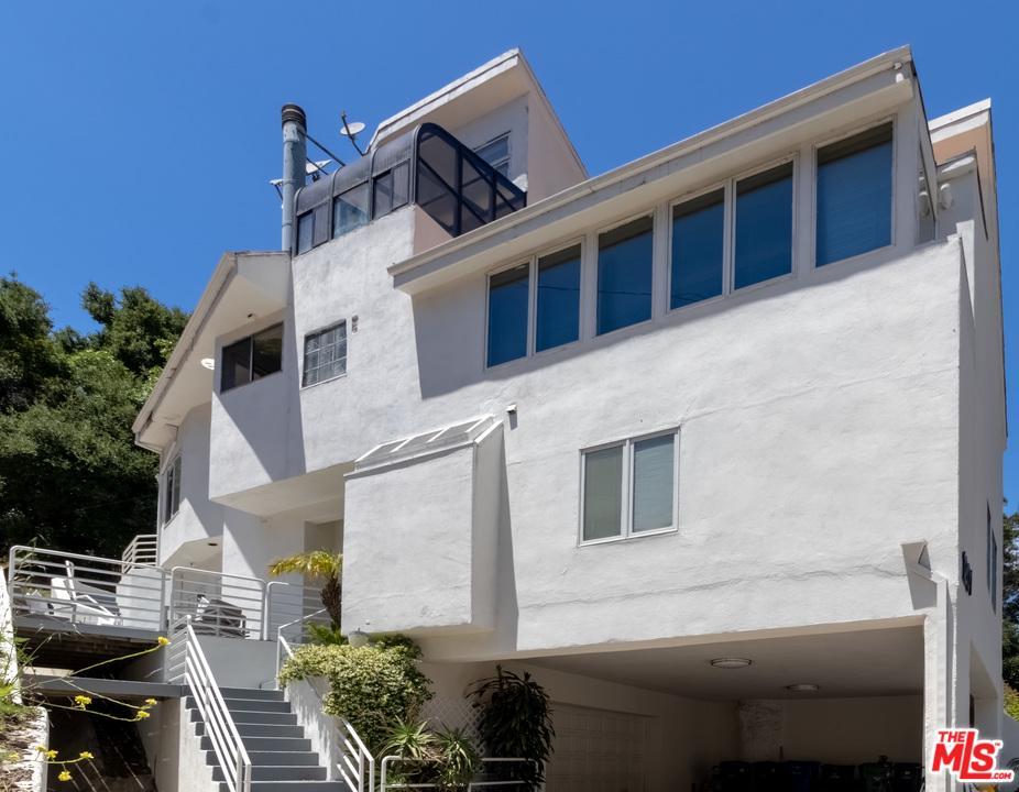 Photo of 1201 N BEVERLY GLEN, Los Angeles, CA 90077