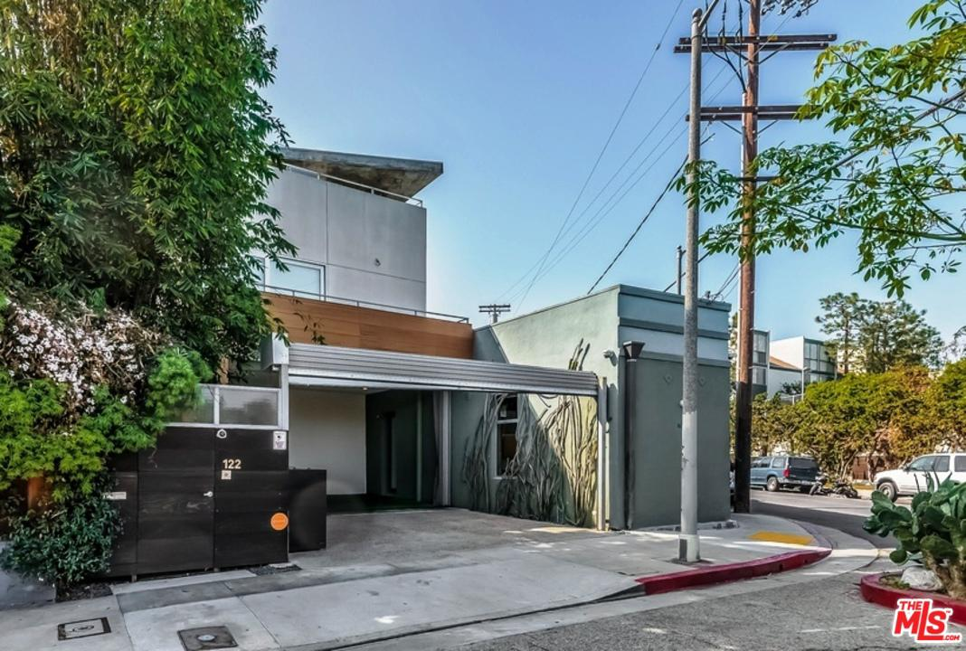 Photo of 122 MILDRED AVE, Venice, CA 90291