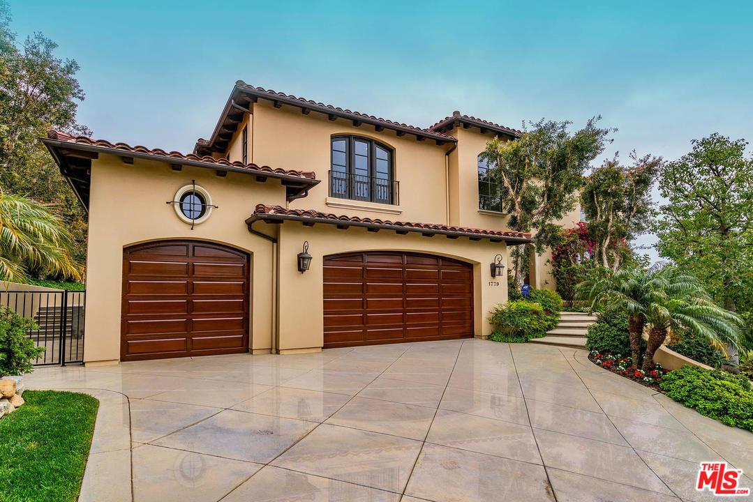 Photo of 1779 E CHASTAIN PKY, Pacific Palisades, CA 90272