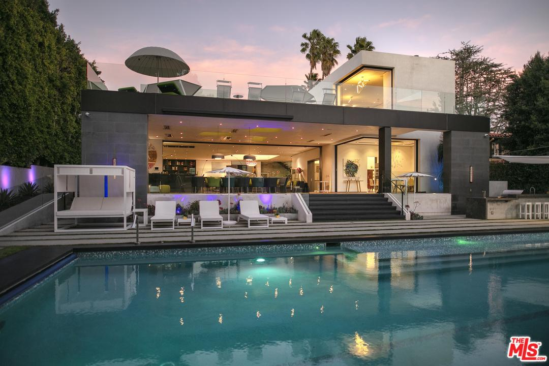 Photo of 809 N REXFORD DR, Beverly Hills, CA 90210