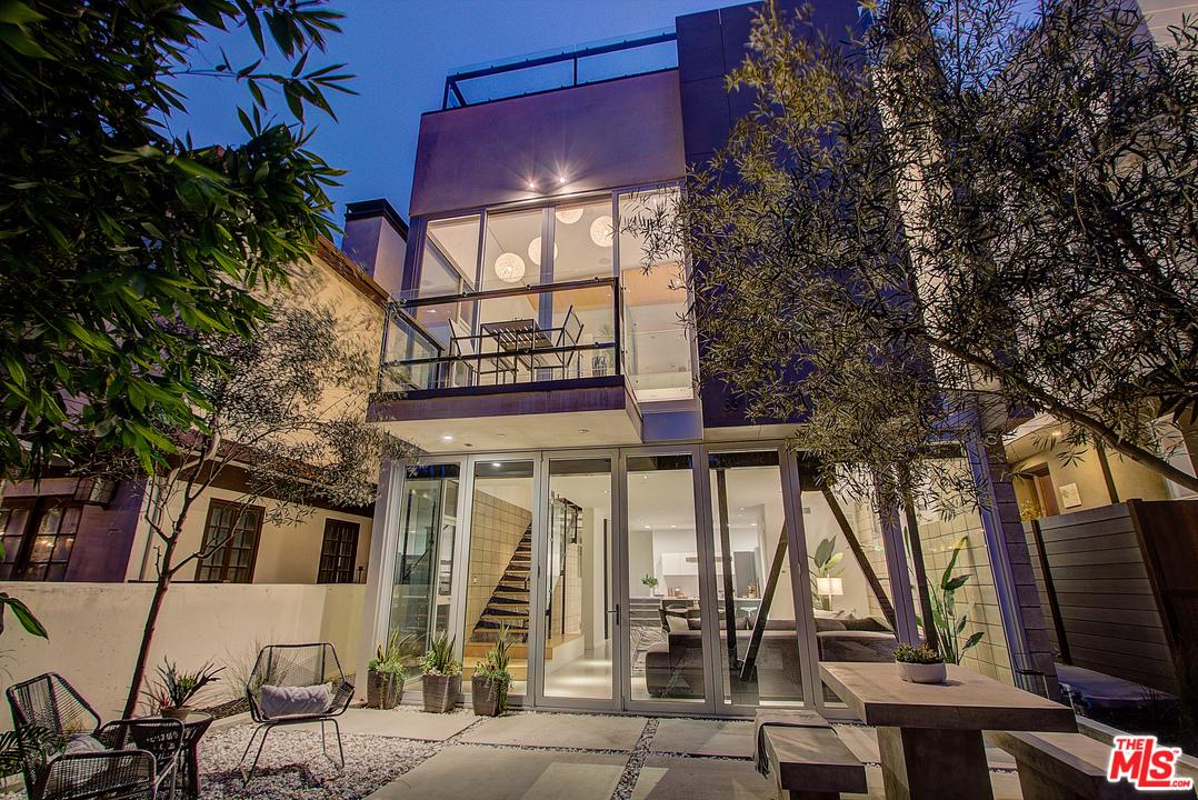 Photo of 33 20TH AVE, Venice, CA 90291