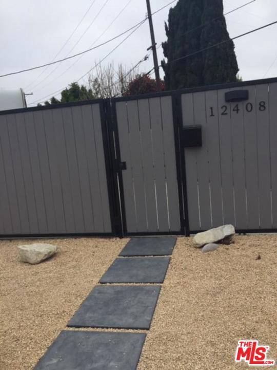 Photo of 12408 S HAMMACK AVE, Los Angeles, CA 90066