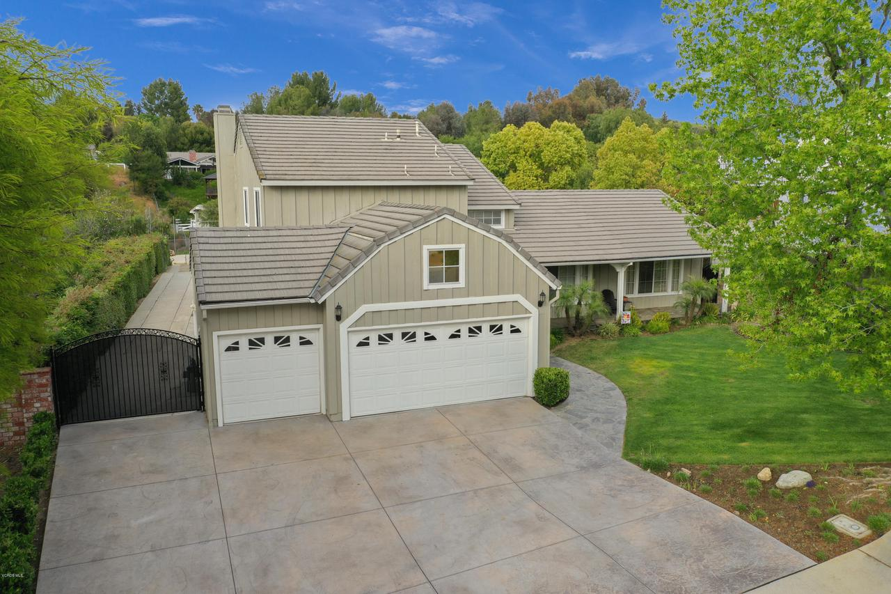 Photo of 1867 ROCKING HORSE DRIVE, Simi Valley, CA 93065