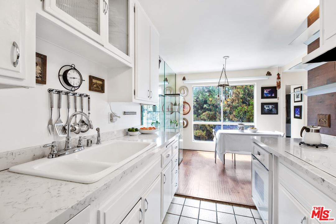 Photo of 1023 HANCOCK AVE, West Hollywood, CA 90069