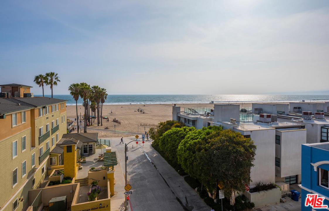 Photo of 22 NAVY ST, Venice, CA 90291