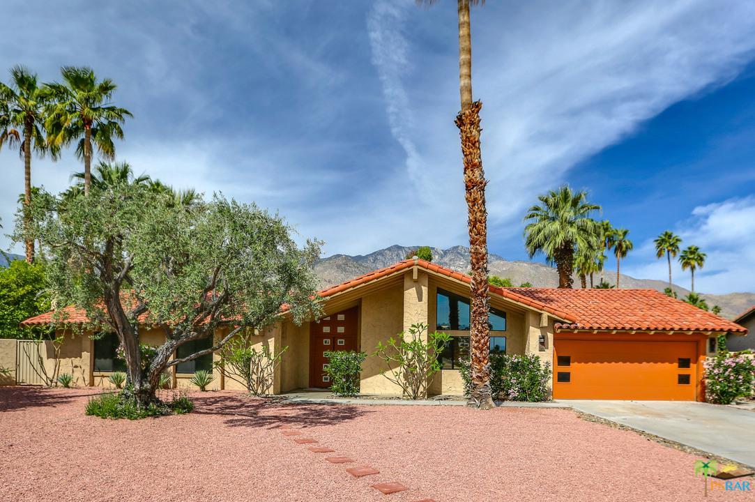 Photo of 2325 E EL CHORRO WAY, Palm Springs, CA 92264