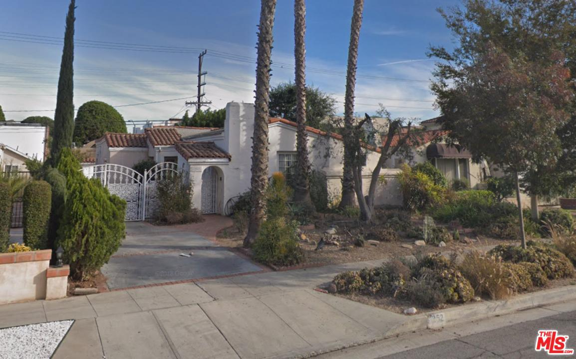 Photo of 252 S CLARK DR, Beverly Hills, CA 90211