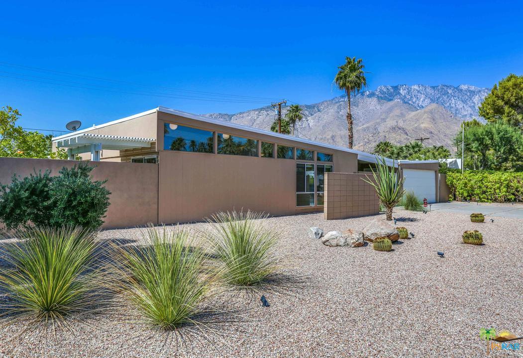Photo of 421 E DESERT HOLLY CIR, Palm Springs, CA 92262