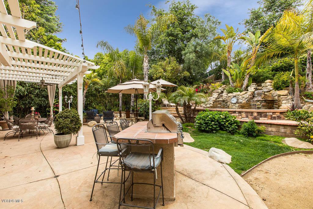 Photo of 360 SUNROCK COURT, Simi Valley, CA 93065