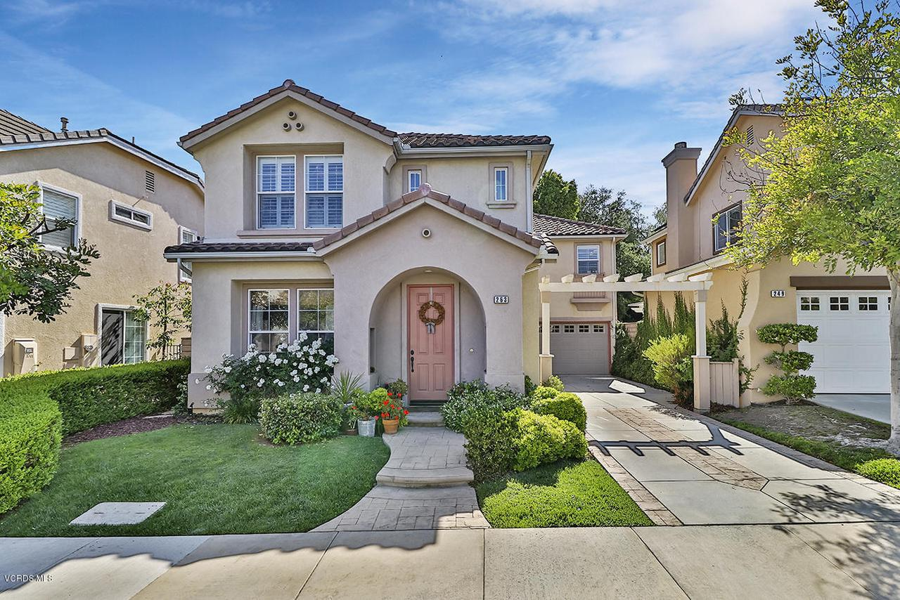 Photo of 263 RUSTLING HEIGHTS COURT, Simi Valley, CA 93065