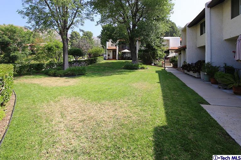 Photo of 7901 VIA MAGDALENA #30, Burbank, CA 91504